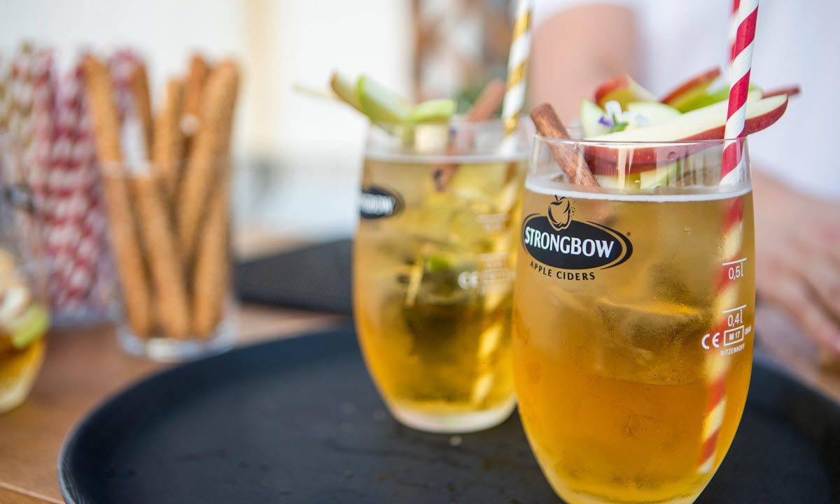 https://www.matrixlife.gr/wp-content/uploads/2018/05/Strongbow-Rooftop2-1200x720.jpg