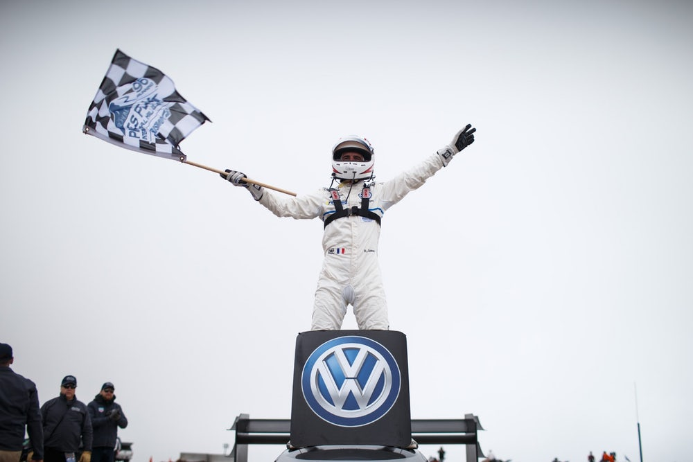 volkswagen-id-r-pikes-peak-all-time-record-3