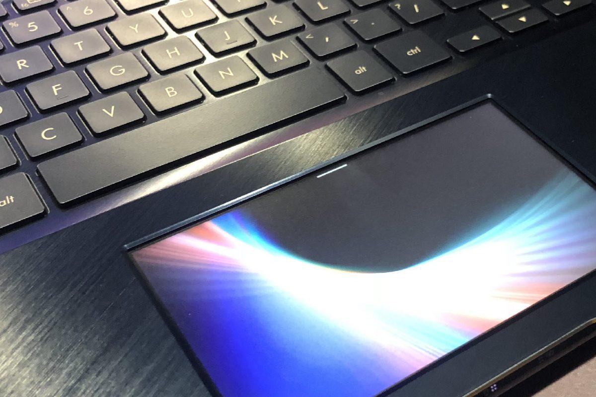 Η ASUS παρουσιάζει τα νέα ZenBook Pro 15 και ROG Strix SCAR II