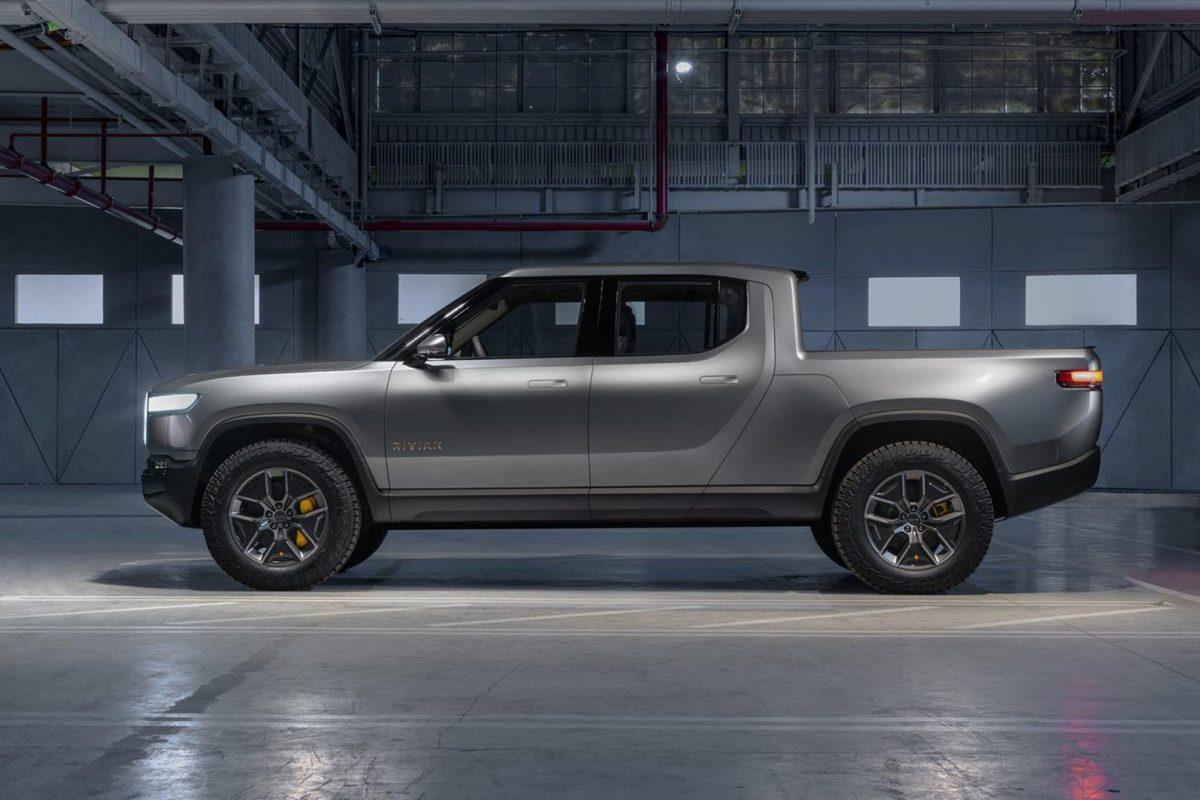 Rivian R1T: Το ηλεκτρικό φορτηγάκι που ντροπιάζει τα super cars