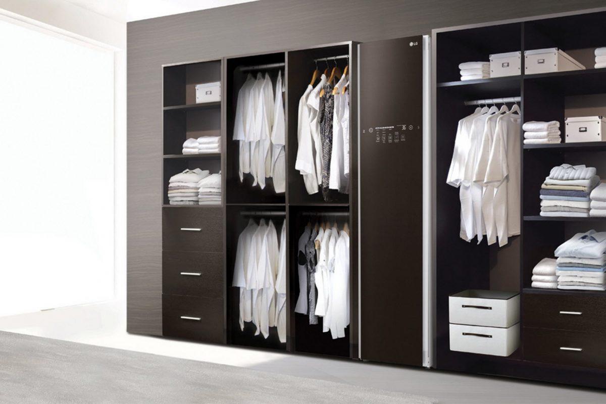 LG Styler Black Tinted Glass Door: Φροντίστε τα ρούχα σας με στιλ!