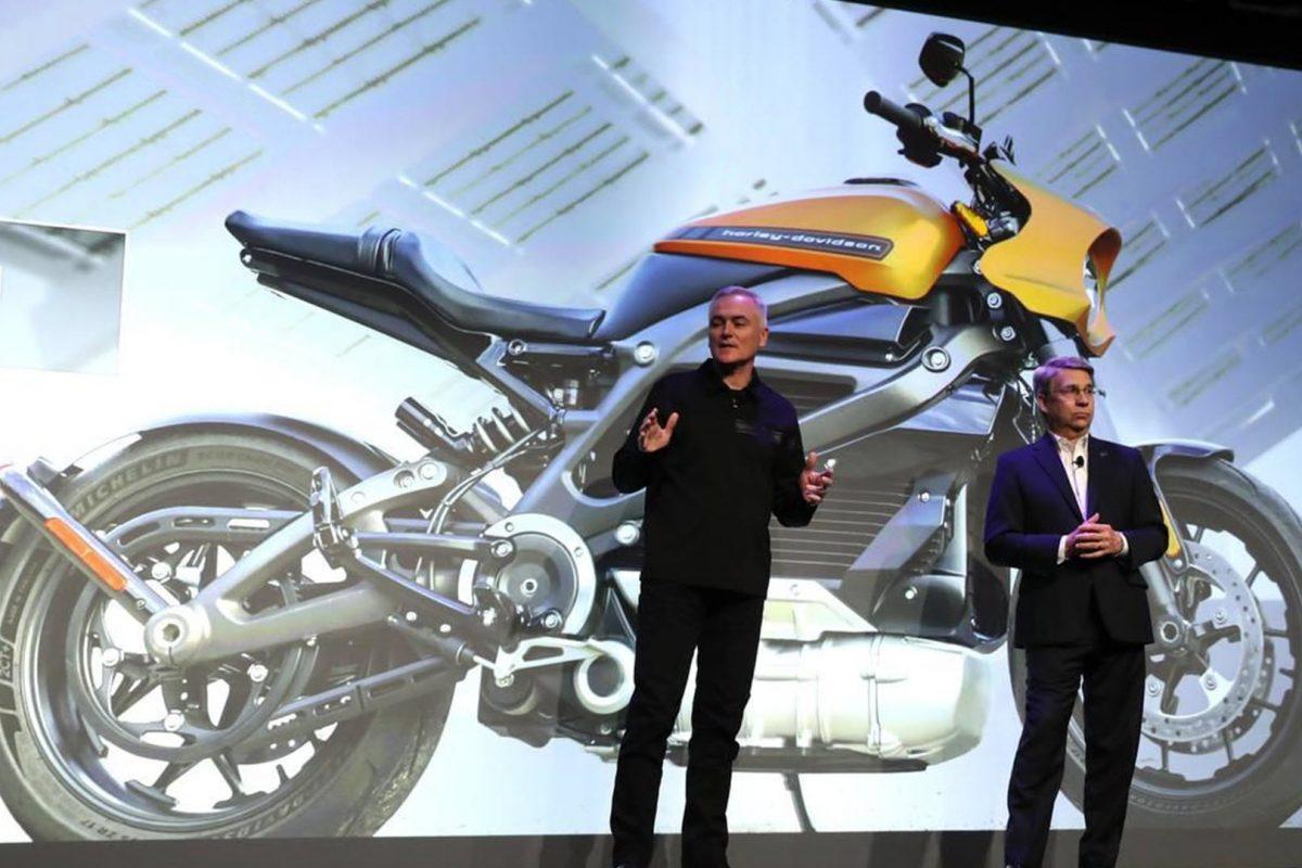 Harley Davidson LiveWire: Και άντε να εξηγήσεις στον Χαρλεά τα οφέλη της ηλεκτροκίνησης!