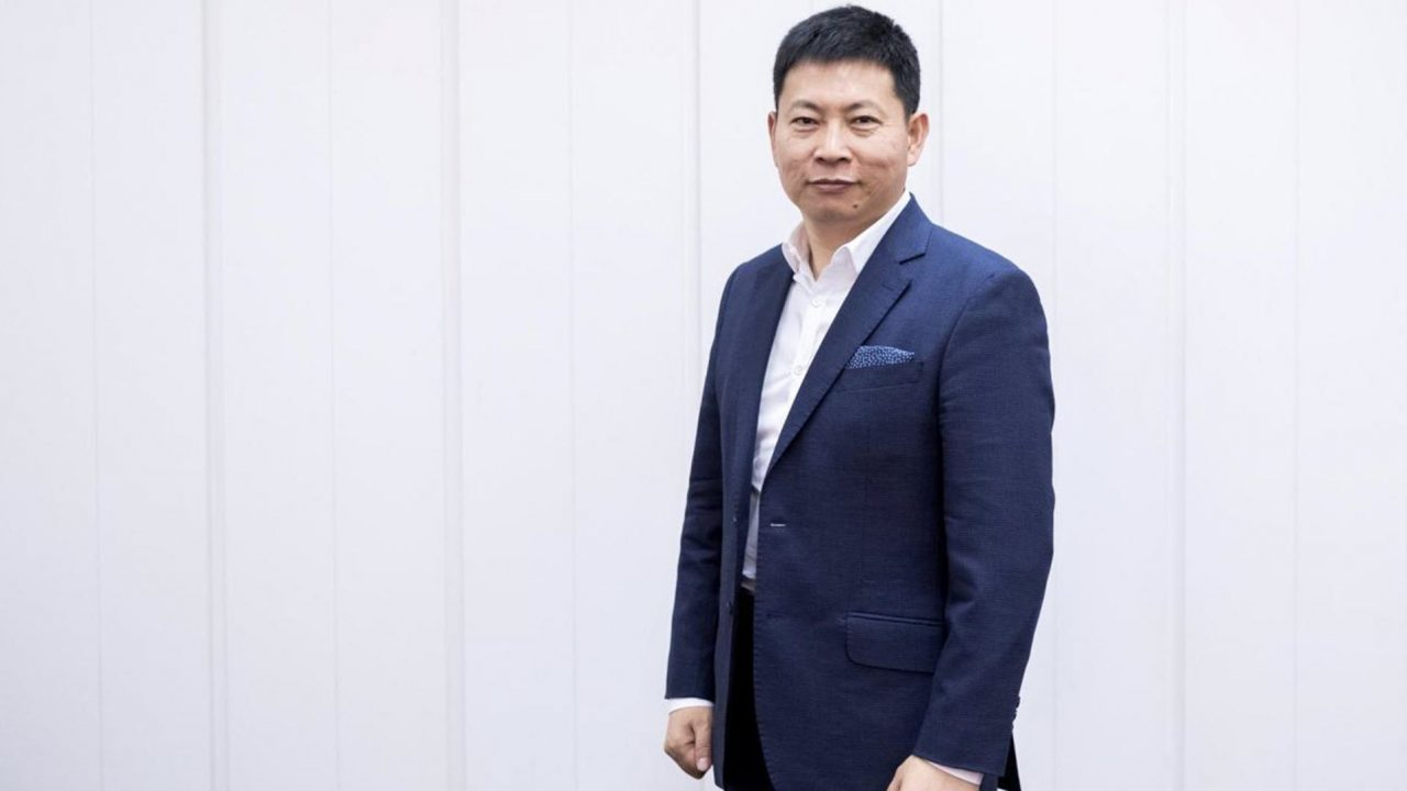 https://www.matrixlife.gr/wp-content/uploads/2019/03/IFA-2017-Huawei-CEO-Richard-Yu-3-1280x720.jpg