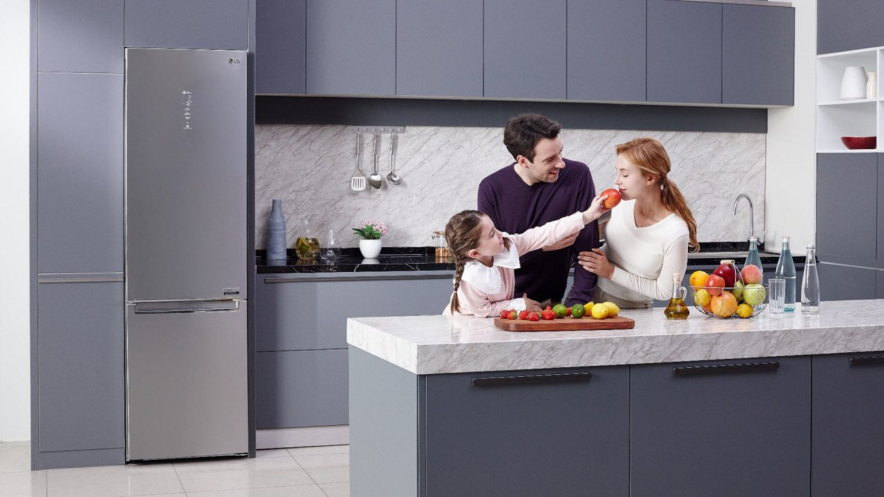 https://www.matrixlife.gr/wp-content/uploads/2019/03/lg_new_refrigerator_v_plus_series_1_0-1280x720.jpg