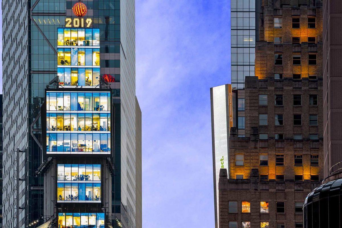 Η Samsung εγκαθιστά νέες LED οθόνες στην καρδιά της Times Square, στη Νέα Υόρκη