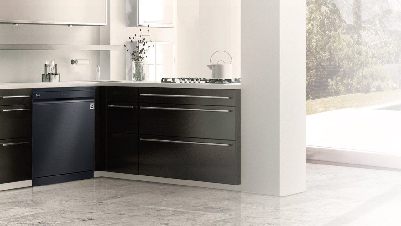 https://www.matrixlife.gr/wp-content/uploads/2019/07/lg_black_dishwasher_0-1280x720.jpg