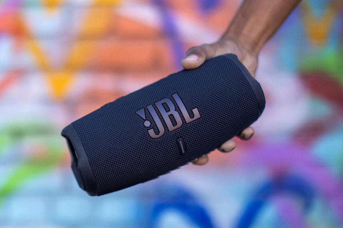 JBL Charge 5: Νέο πανίσχυρο και ανθεκτικό ασύρματο ηχείο με την υπογραφή της JBL