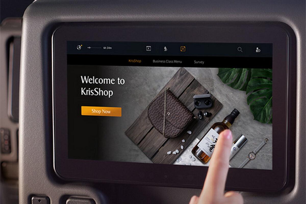 Singapore Airlines, η πρώτη αεροπορική στον κόσμο που προσφέρει τη δυνατότητα για ηλεκτρονικές αγορές την ώρα της πτήσης