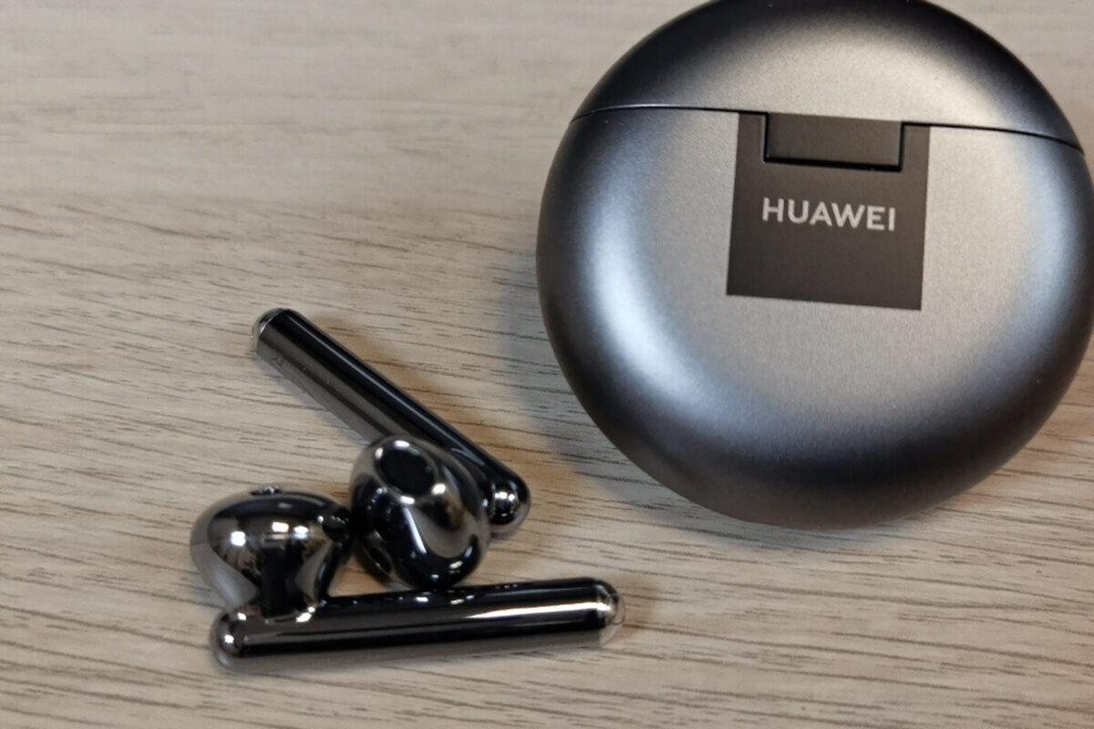 Huawei FreeBuds 4 What's in the Box & Specs: Για να ακούς μόνο την αγαπημένη σου μουσική!